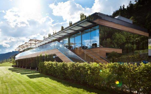 Terasse, Holz, Glas, Landhotel Schönberghof hundefreundlich