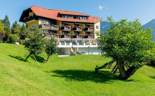 Garten, Obstbäume, Panoramahotel Hauserhof hundefreundlich