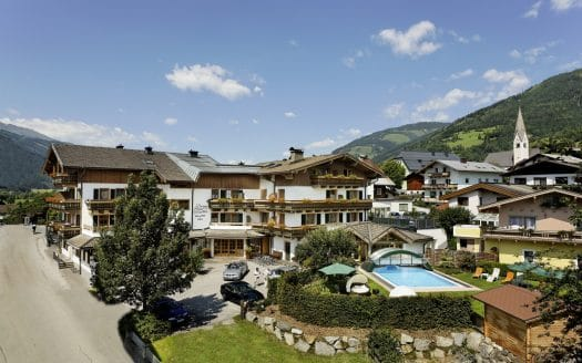 Scharlers Boutique Hotel Anfahrt, Umgebung, Berge, Garten