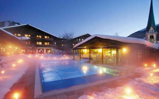 Schwimmbad im Winter, Hotel Böglerhof, Winterurlaub mit Hund