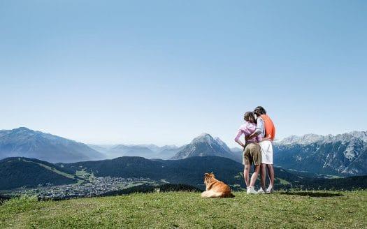 Urlaub mit Hund, Österreichurlaub mit Hund, Bergresort Seefeld Wandern, Berge, Ausblick, Aussicht, Sommer, Berge, Alpen