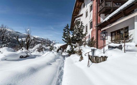 Außenansicht Hotel Winter, Hotel Strasserwirt, Winterurlaub mit Hund in Österreich